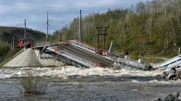 Глава РЖД поручил вкратчайшие сроки возвести переправу наместе рухнувшего моста вМурманской области