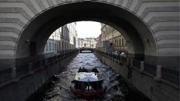 Стало известно, когда вПетербурге возобновятся прогулки порекам иканалам