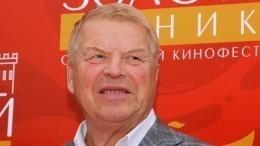 Умер звезда кино Михаил Кокшенов