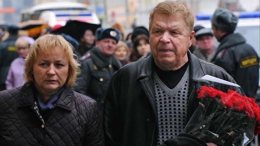 Супруга Кокшенова прокомментировала сообщения оего смерти из-за коронавируса