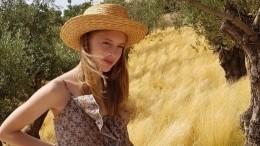 Почему 17-летняя внучка Никиты Михалкова нехочет идти вмодели?