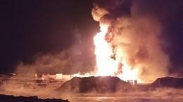 Видео: артиллеристы ЦВО помогли потушить пожар наиркутской нефтескважине