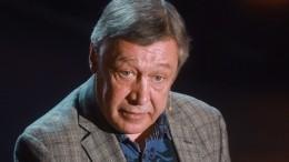 Михаил Ефремов был отпущен под подписку оневыезде после ДТП вцентре Москвы