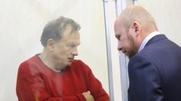 Обвиняемый вубийстве студентки Соколов несмог найти общий язык сновым адвокатом
