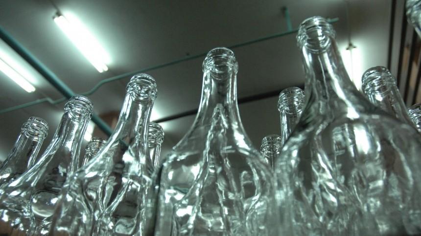 Росгвардейца подозревают вжестоком изнасиловании бутылкой спящего коллеги