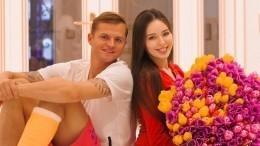 «Любимый выбрал нам пристанище»: Семья Тарасова отправится изМосквы вслед зафутболистом