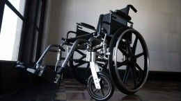 ВПетербурге избили сотрудницу реабилитационного центра, гулявшую синвалидом