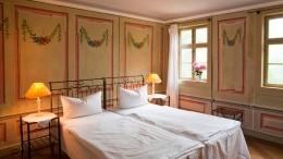 Постояльцы гостиниц смогут совместно жить вномерах только соштампом впаспорте