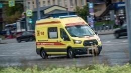 Машина скорой помощи сбила женщину вМоскве