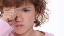 «Целуй вщечку»: СКизучит видео опсихологическом насилии над ребенком вПриамурье