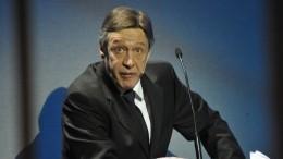 «Хотят набить цену»— юрист Ефремова оботказе семьи Захарова откомпенсации