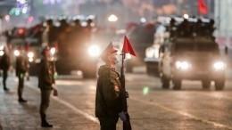 ВЕкатеринбурге прошла репетиция Парада Победы своенной техникой