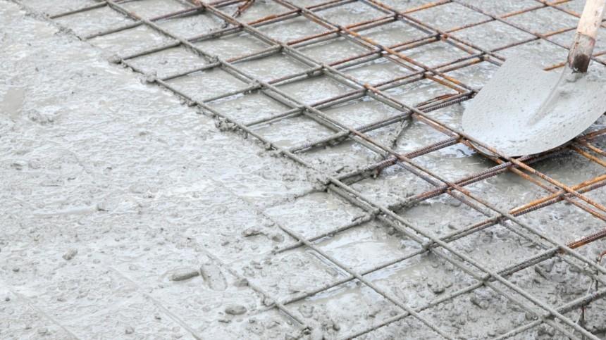 Закованное всмертоносные оковы бетона тело мальчика обнаружили под Астраханью