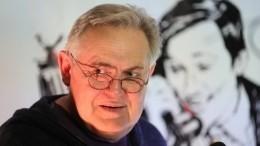 Юрий Стоянов призвал наделить врачей особым статусом заборьбу скоронавирусом