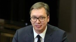 Президент Сербии Александар Вучич объявил опобеде правящей партии навыборах
