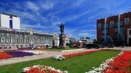 Саратовские депутаты устроили потасовку собливанием водой— видео