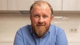 Телеведущий-кулинар Константин Ивлев развелся ссупругой