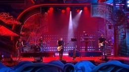 Группа «Звери» стала хэдлайнером грандиозного концерта на«Алых парусах»