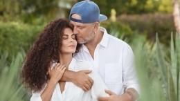 «Очень по-мужски»: Настя Каменских рассказала отайной свадьбе вЛас-Вегасе