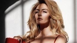 «Просто богиня»: Екатерина Варнава обнажилась для новой фотосессии