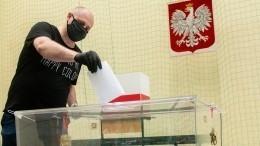 Польшу ожидает второй тур президентских выборов