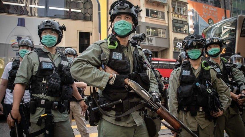 СиЦзиньпин подписал закон онацбезопасности вГонконге