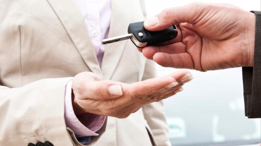 Автодилеры столкнулись снехваткой автомобилей напродажу вРФ