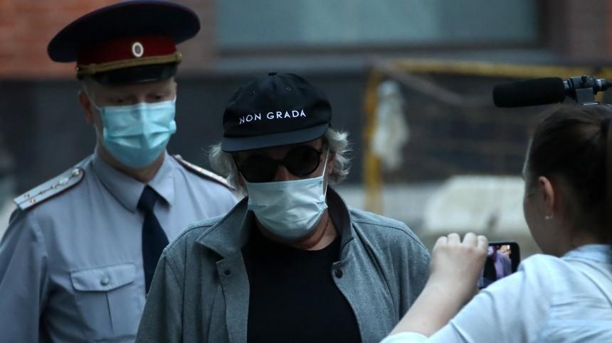 Адвокат удивлен количеству потерпевших вделе Михаила Ефремова