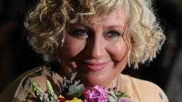 Тайна мраморной голубки: фанаты покойной Марины Голуб сообщают омистике наеемогиле