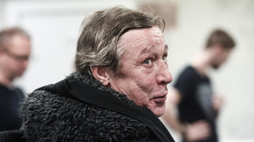 Кто был вмашине Михаила Ефремова вмомент смертельного ДТП: есть ответ?