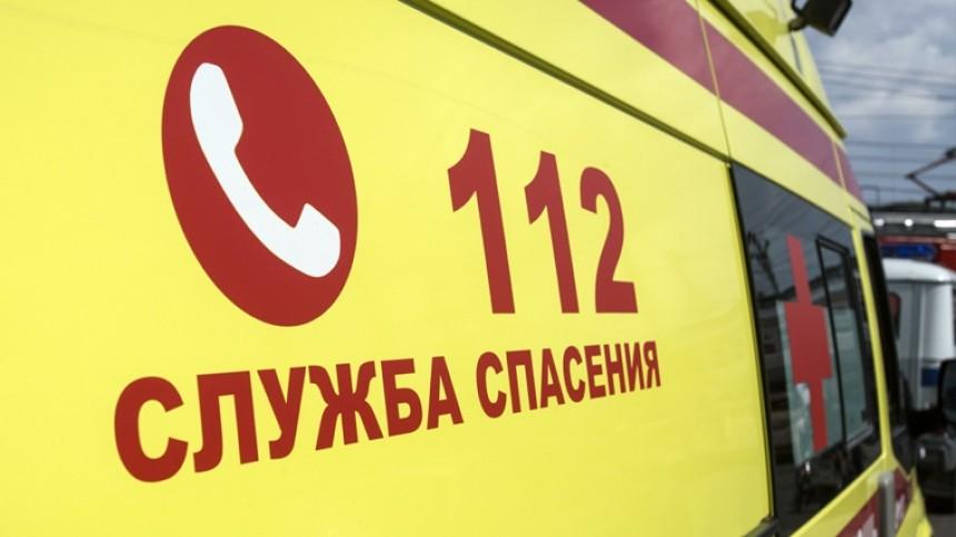 Микроавтобус перевернулся вЯкутии при съезде наберег Лены