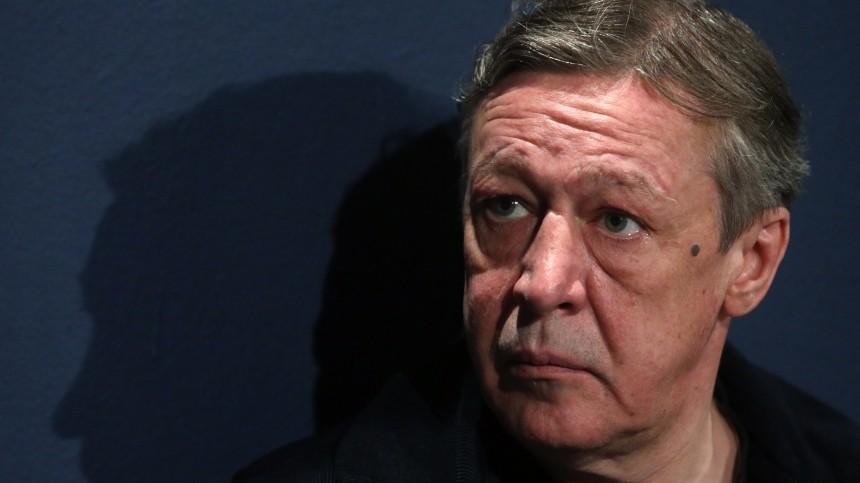 «Отшока так инеотошел»: адвокат осамочувствии Ефремова под домашним арестом
