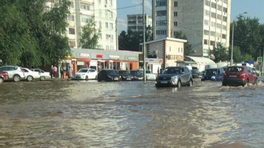 Метростроевцы устроили «вселенский потоп» вКазани— видео