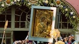 День Тихвинской иконы Божьей Матери отметили литургией под открытым небом
