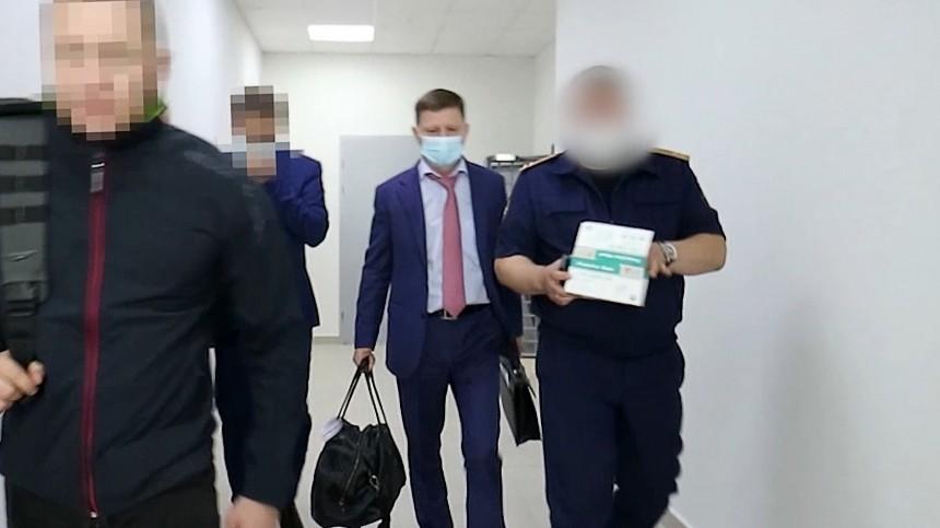 «Макароны срыбой»: Как содержат ичем кормят задержанного главу Хабаровского края