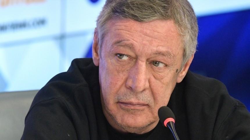 Семья Захарова потребовала отЕфремова 40 миллионов рублей