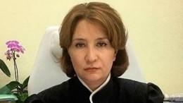 Невиноватая я: «золотая судья» Хахалева решила обжаловать лишение статуса