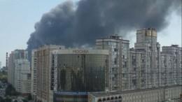 Пожар наскладе вСамаре охватил уже десять тысяч квадратных метров
