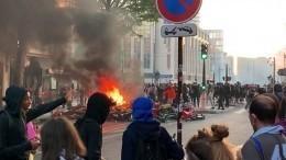 Массовые погромы начались воФранции снаступлением Дня взятия Бастилии— видео