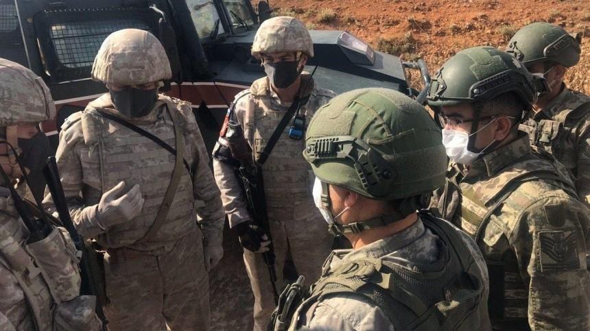 Трое российских военнослужащих ранены после нападения боевиков вСирии