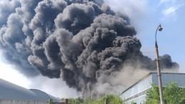 Названа предварительная причина пожара нагорящем вторые сутки складе вСамаре