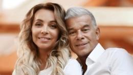 «Уже целуется»: Газманов подарил жене лам иальпак нагодовщину свадьбы