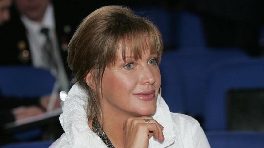 Елена Проклова вступилась заЕфремова, назвав его больным человеком