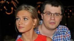 Стал известен инициатор развода Асмус иХарламова