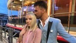 Александр Панайотов рассказал, как его жена относится кпоклонницам