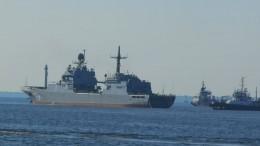 Подготовка кодню ВМФ: Крейсер «Орел» иБДК «Петр Моргунов» прибыли вКронштадт
