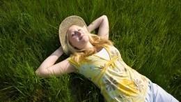 Как нормально выспаться ночью вовремя жары— советы сомнолога