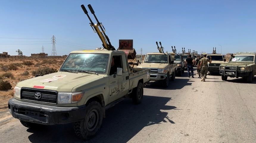 ПНС Ливии передало двух задержанных россиян Турции