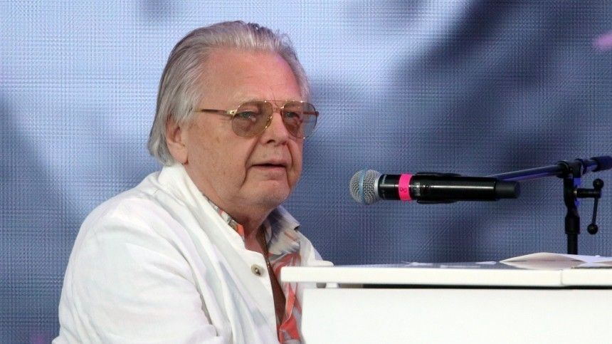 Юрия Антонова госпитализировали