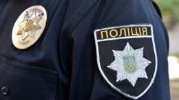 Видео: мужчина уПолтавского суда наУкраине угрожает взорвать гранату